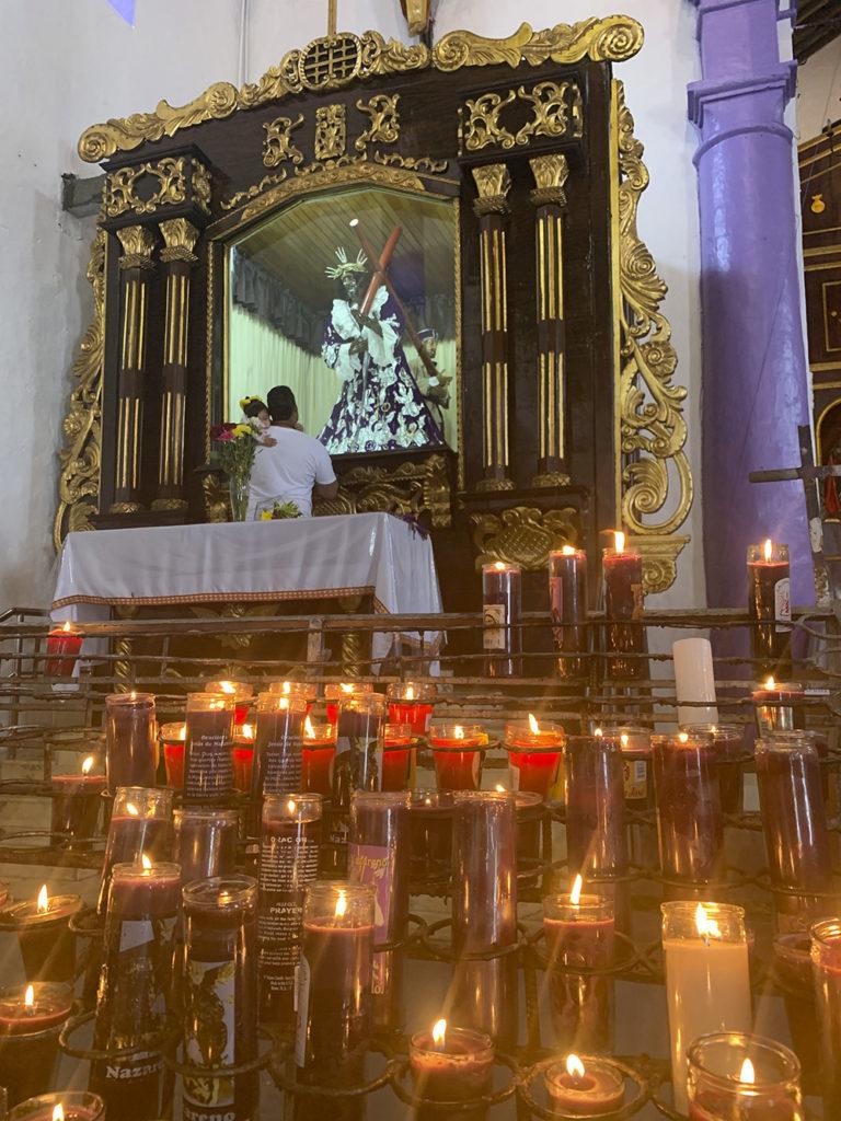 Altar del Cristo Negro de Portobelo