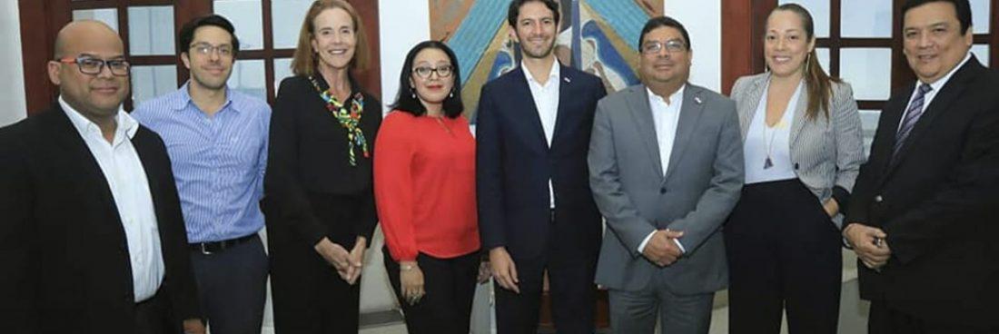 Encuentro entre la Autoridad de Turismo y el Ministerio de Cultura, para fortalecer la marca país