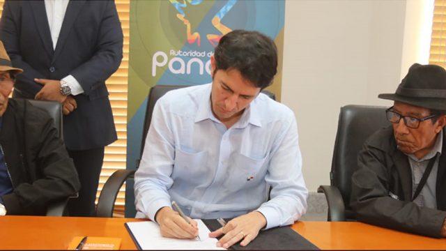 Ministro De La ATP Y Caciques Del Congreso General Guna Firman Convenio Para Promover Guna Yala
