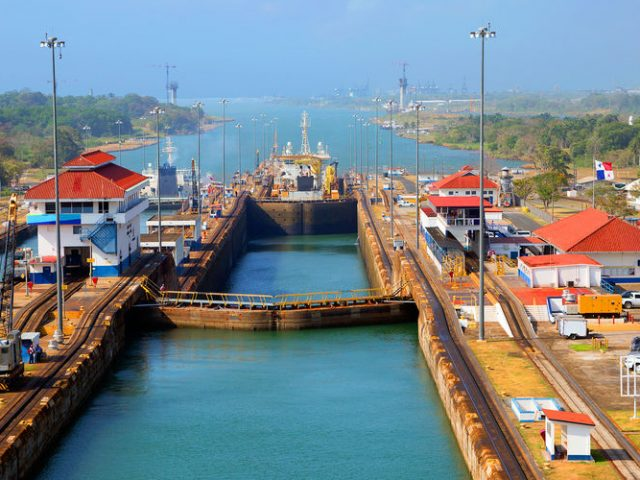 Travesía por el Canal de Panamá