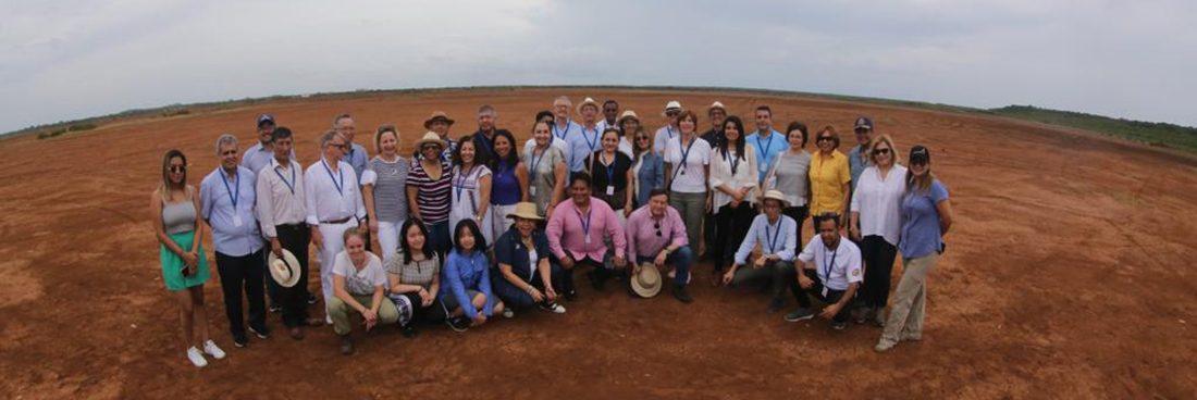Muestra de turismo folclórico para diplomáticos extranjeros en Panamá